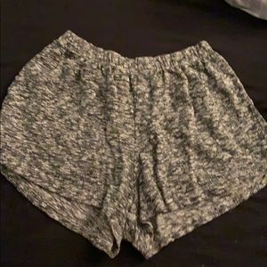 brandy melville one size fits all shorts